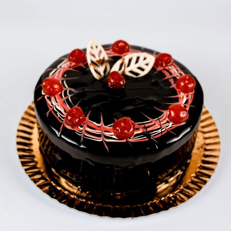Tort de Mousse de Ciocolata si Zmeura - Momente Delicioase